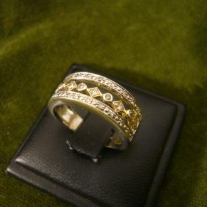Modern brilles gyűrű