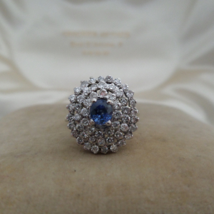 Sapphire diamond white gold coctail ring